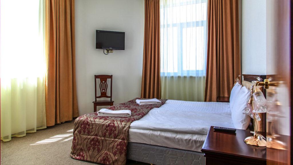Женщины в теле частное фото в отеле 3